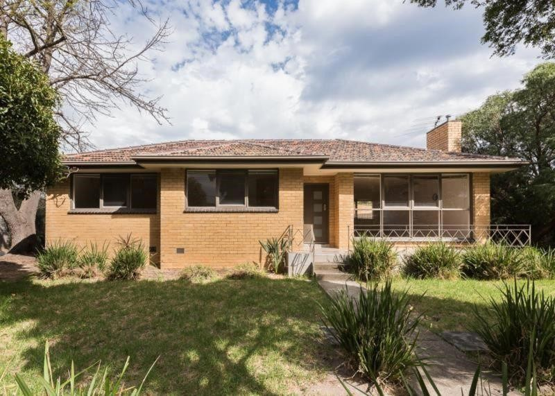 1 27 Tatong Road BRIGHTON EAST