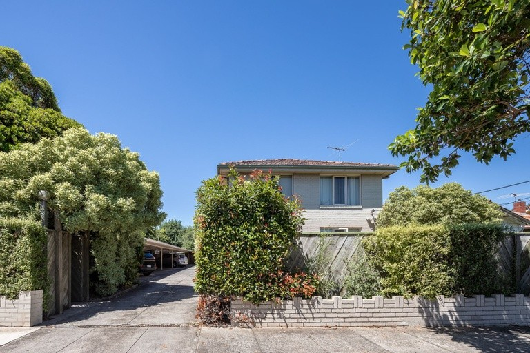 Photo of property at 61 Halstead Street, CAULFIELD